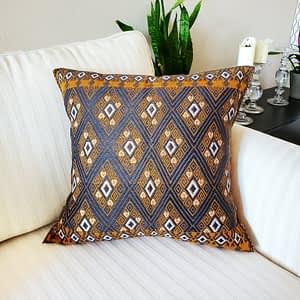 mexican pillow cover, Mexican home decor, Mexican fabric, Mayan textile, Mexican Home decor, handwoven, Mexican pilow 18x18, Maya pillow, San Andres Larrairzar