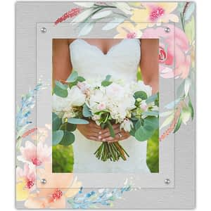 The modern frame for that special wedding day